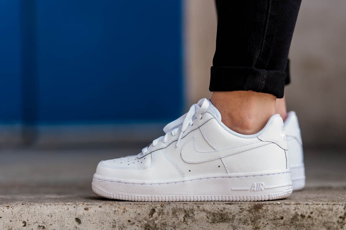 plus récent 777f4 a2b2b nike air force one portee