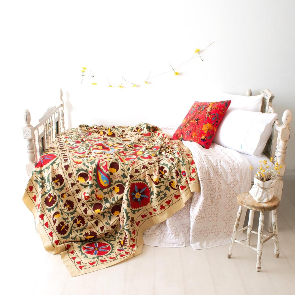 vintage_suzani_textile_4_1024x1024